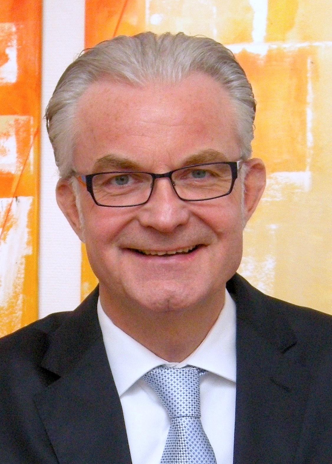 Frank Heinrich